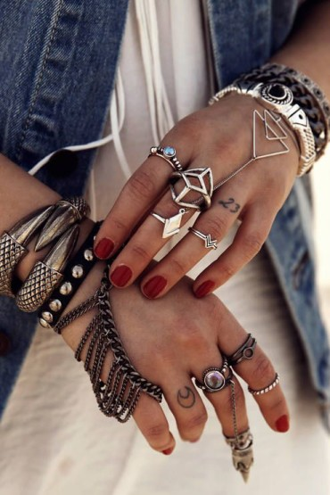 The Flaunt I Want... Midi Rings